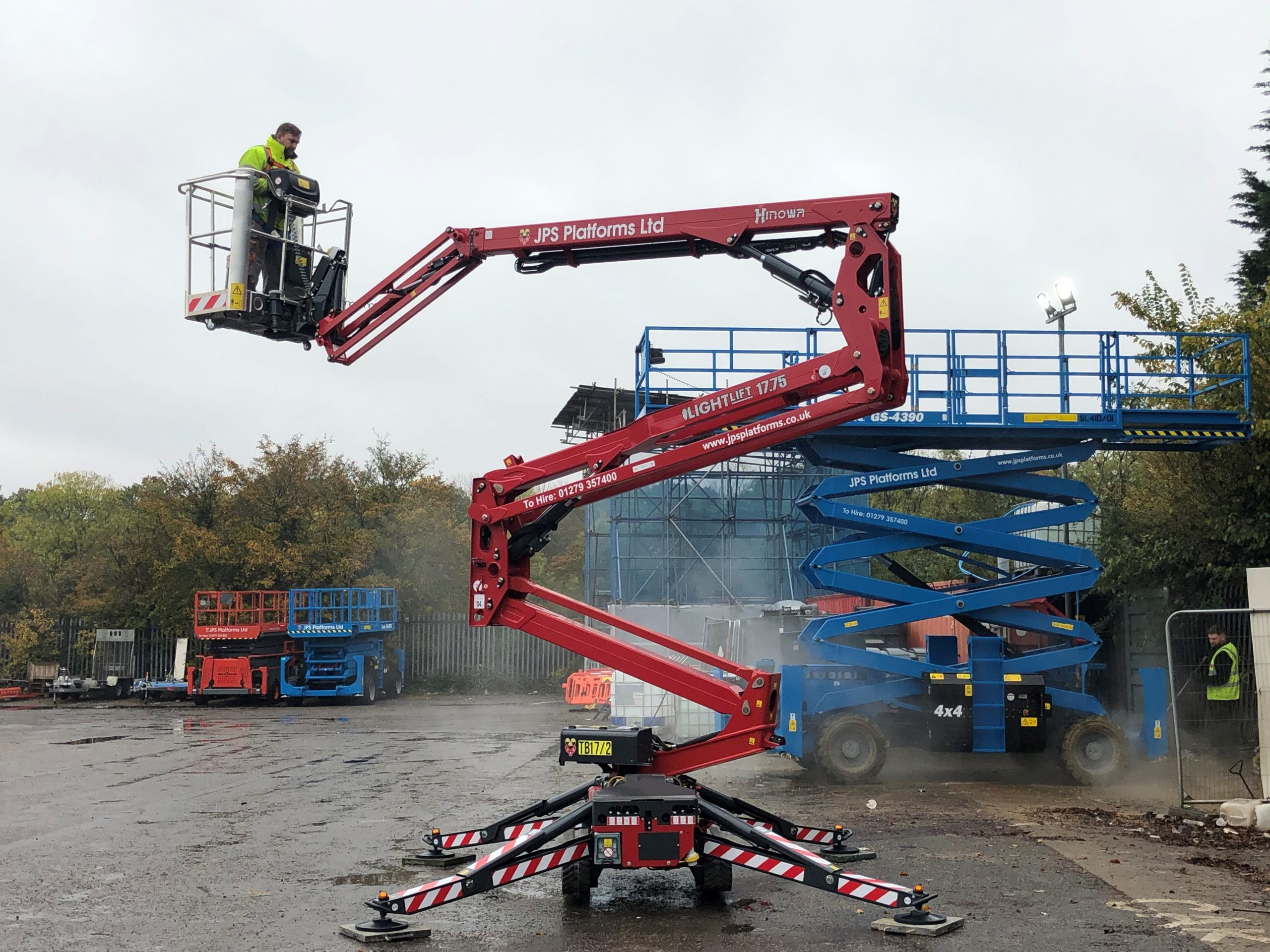 3 New Hinowa Spider Lifts Added to JPS Platforms Fleet