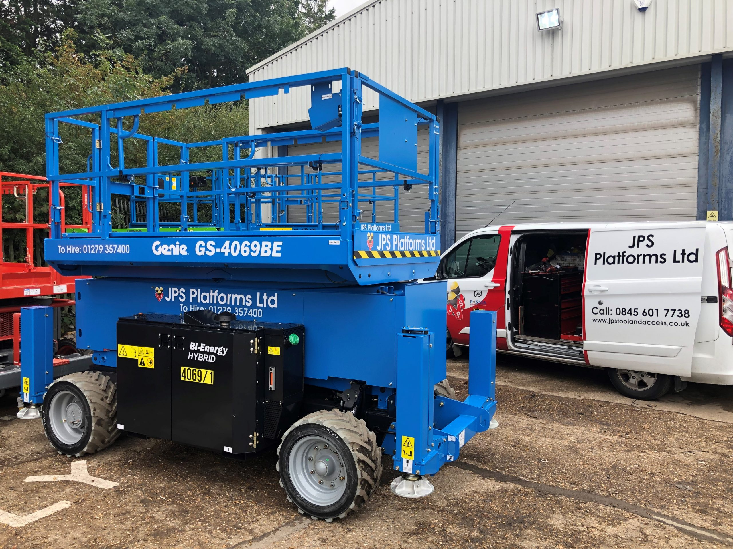 4 New Eco-friendly Bi-Energy Scissor Lifts Ready for Hire